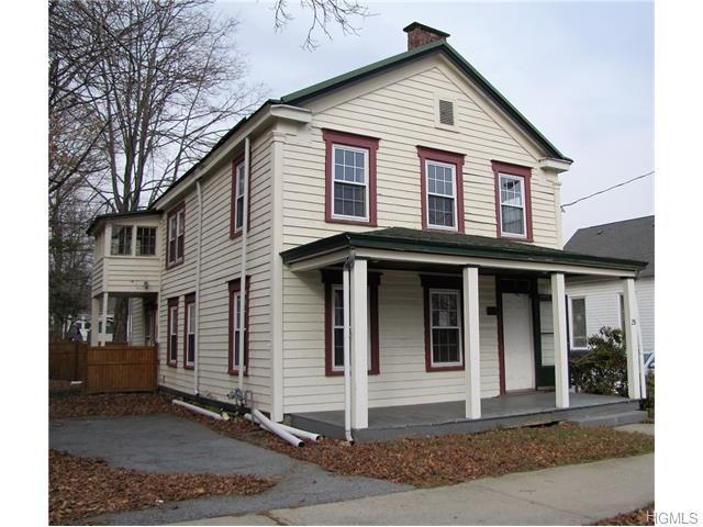 25 Maple Ave, Monroe, NY 10950