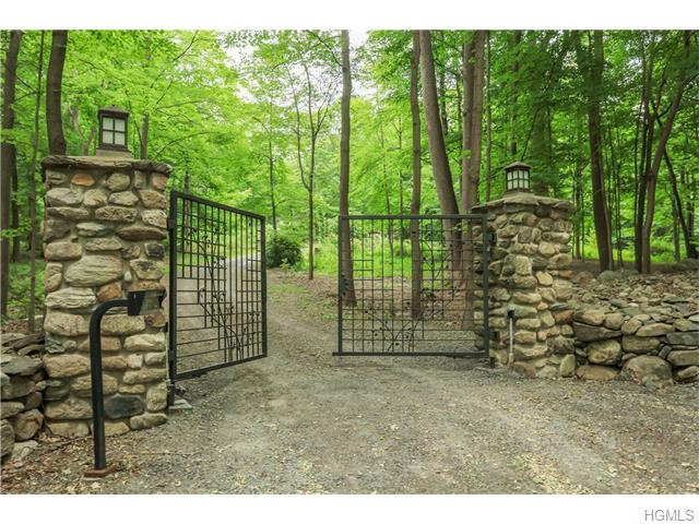 530 Lane Gate Road, Cold Spring, NY 10516