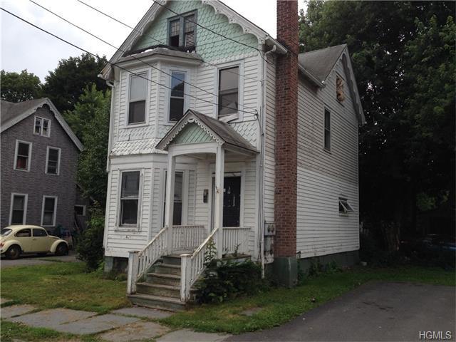 3 Barcelow St, Port Jervis, NY 12771