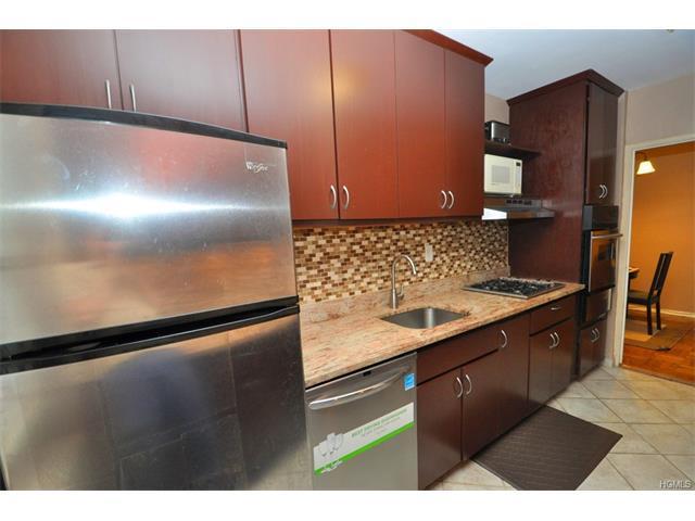 260 Garth Rd #3B4, Scarsdale, NY 10583