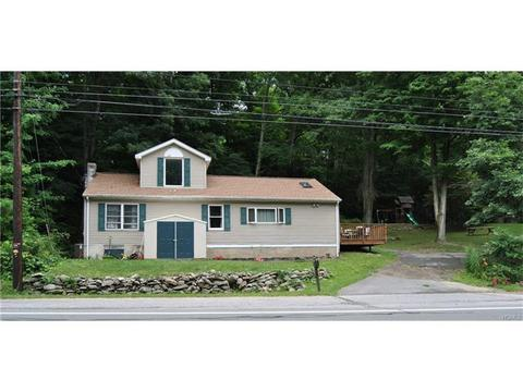 1487 Lakes Rd, Monroe, NY 10950
