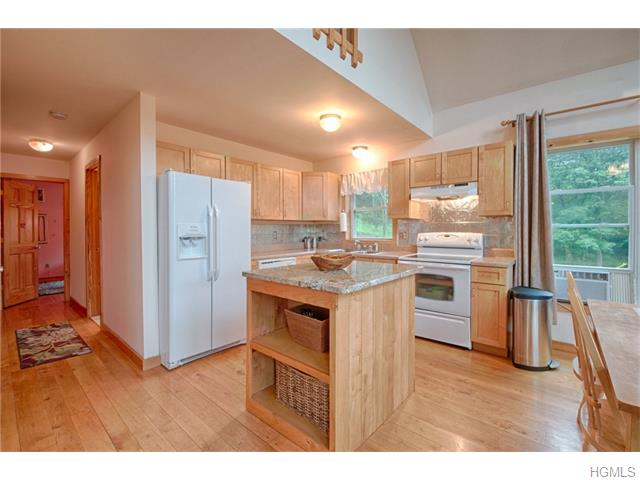1521 Mountain Road, Middletown, NY 10940