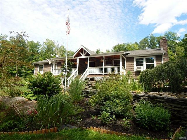 251 County Hwy 61, Deer Park, NY 10963