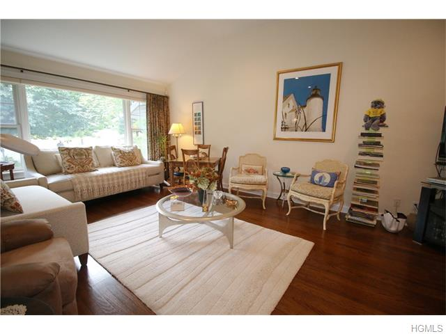 6 Soulice Place, New Rochelle, NY 10804