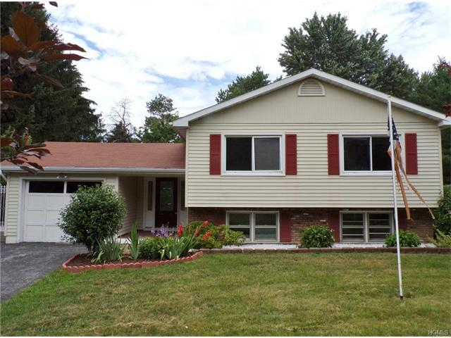 198 Meadow Hill Rd, Newburgh, NY 12550