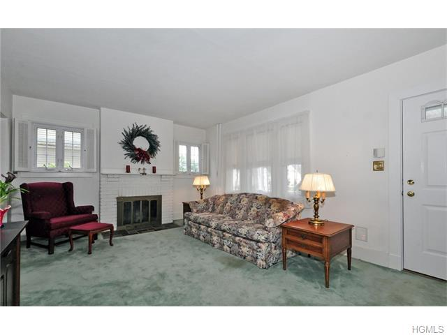 217 Washington Avenue, Pleasantville, NY 10570
