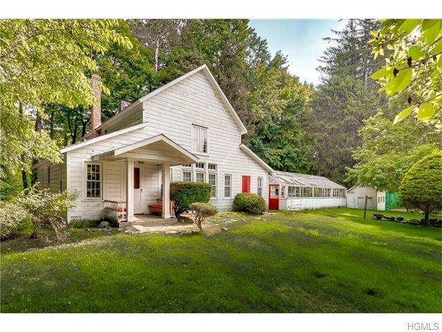 35 Montebello Rd, Suffern, NY 10901