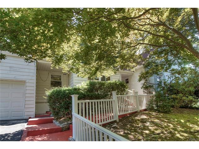 427 Pinebrook Boulevard, New Rochelle, NY 10804