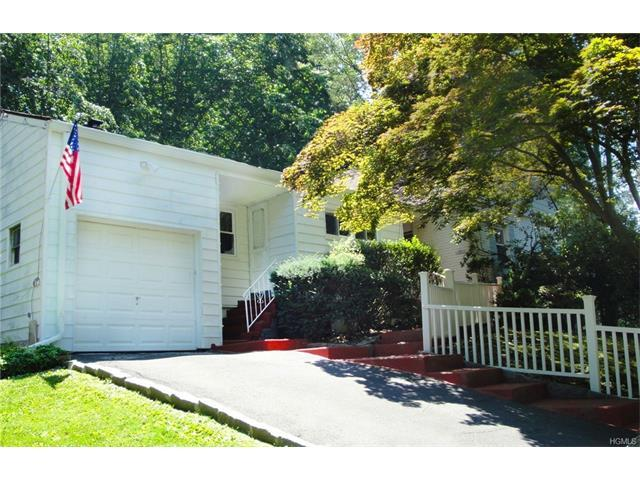 427 Pinebrook Blvd, New Rochelle, NY 10804