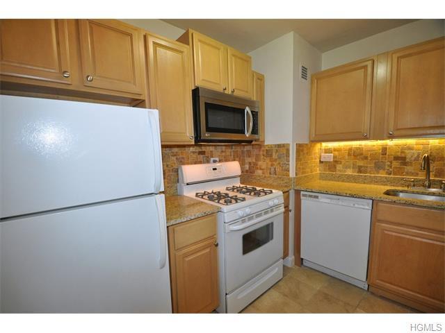 100 E Hartsdale Ave #5AE, Hartsdale, NY 10530
