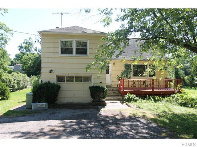 2906 Old Yorktown Rd, Yorktown Heights, NY 10598