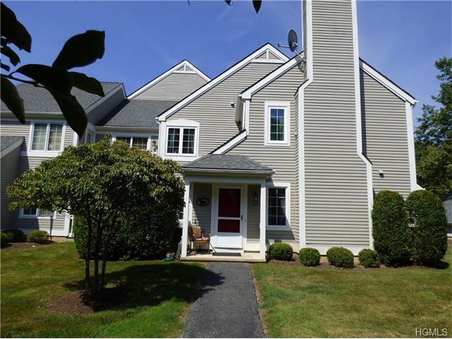 405 Chestnut Dr, Carmel, NY 10512