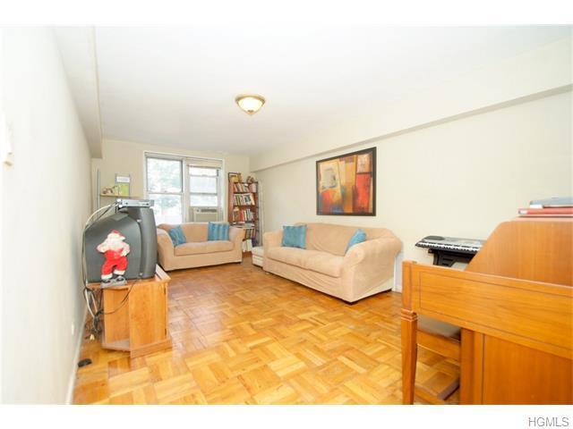 2275 Cruger Ave #1A, Bronx, NY 10467