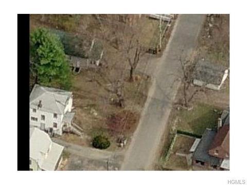 32 Summit Ave, Monticello, NY 12701