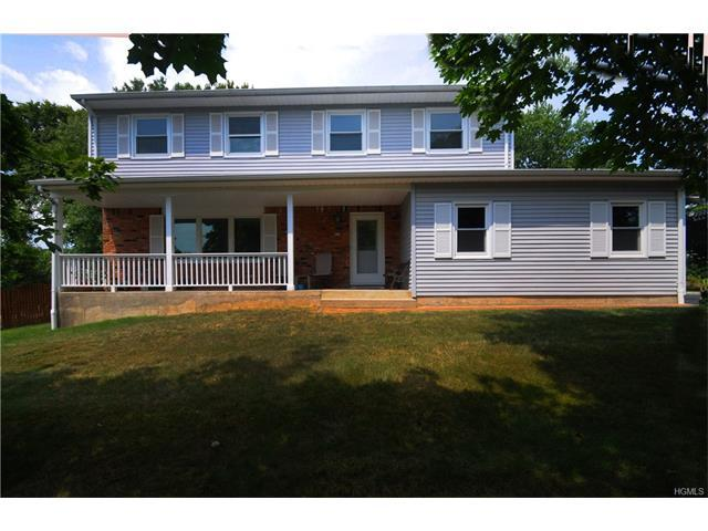 14 Pittsford Way, Nanuet, NY 10954