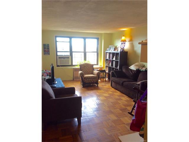 2835 Webb Ave #8J, Bronx, NY 10468