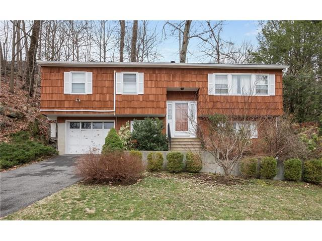 90 Woodland Rd, Pleasantville, NY 10570