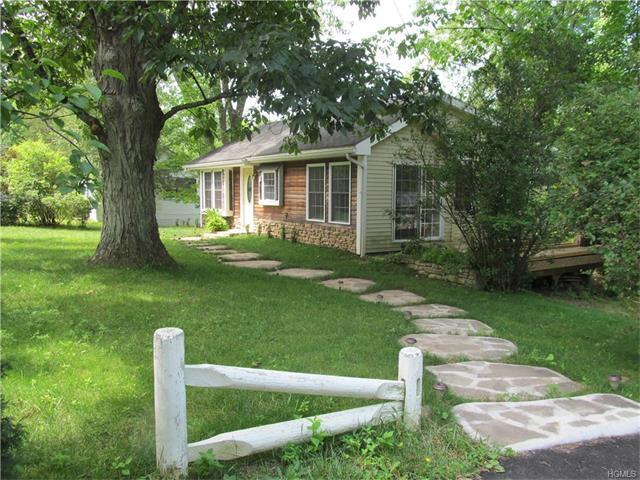 413 Hillside Rd, Monroe, NY 10950