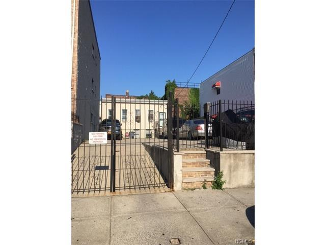 1012 Kelly St, Bronx, NY 10459