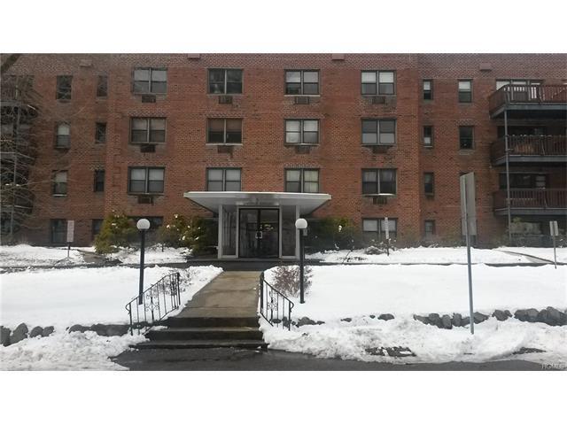 5 Oakdale Mnr #B-12, Suffern, NY 10901