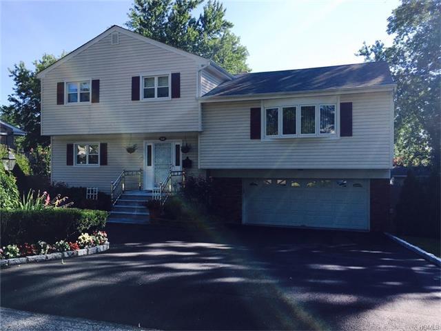 132 Bowbell Rd, White Plains, NY 10607