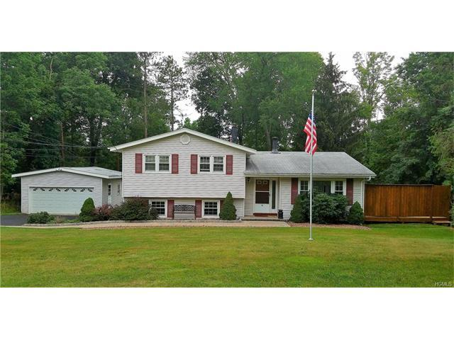 10 Sayer Rd, Blooming Grove, NY 10914