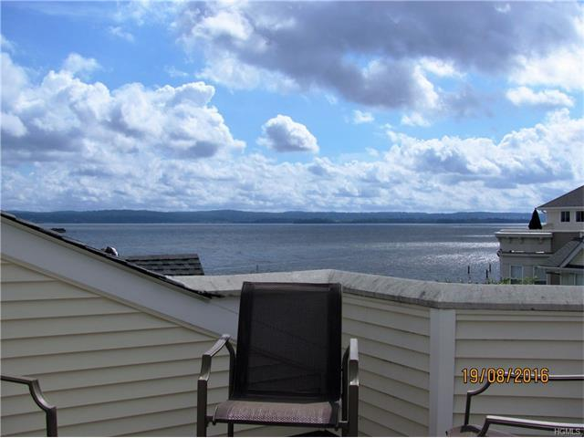 32 Harbor Pointe Dr, Haverstraw, NY 10927