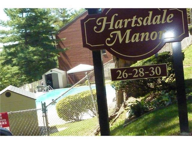 28 Fieldstone Dr #12-C, Hartsdale, NY 10530