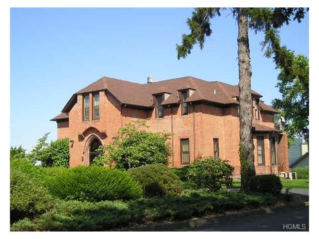 701 Hewitt #1, New Windsor, NY 12553