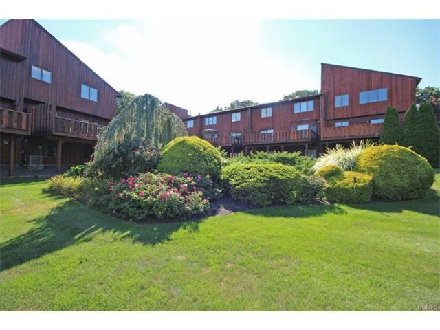 25 Omni Ct, New City, NY 10956