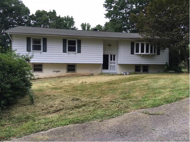 34 Campbell Ln, Plattekill, NY 12568