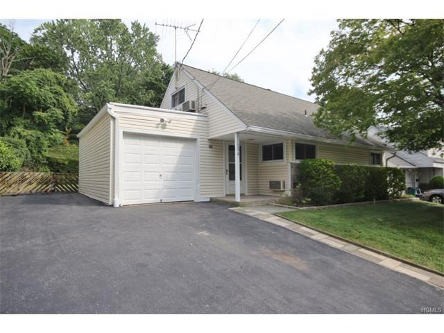 134 Gailmore Dr, Yonkers, NY 10710