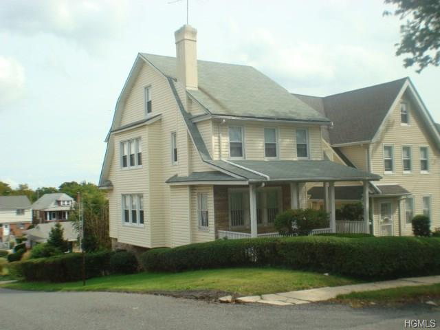 653 S 7th Ave, Mount Vernon, NY 10550