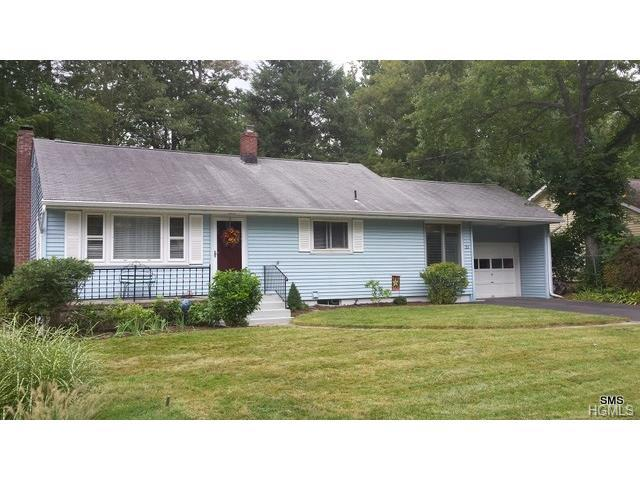 21 Birch Dr, Beacon, NY 12508
