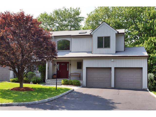 5 Golf View Dr, Somers, NY 10589