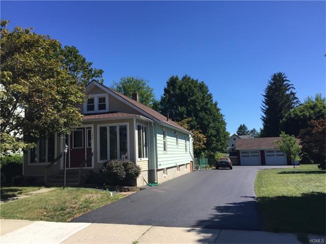 194 Cottage St, Middletown, NY 10940