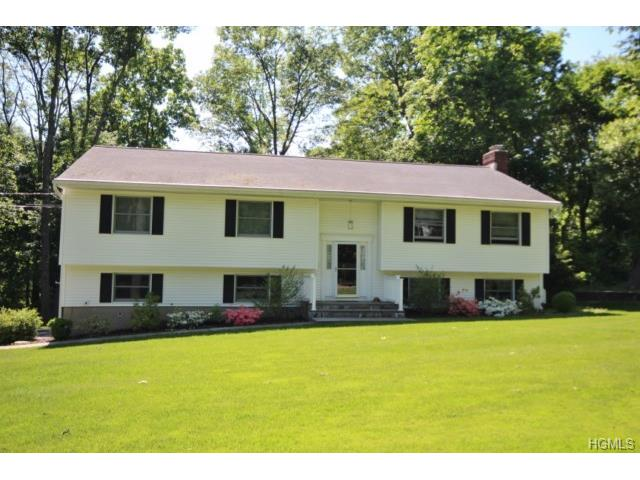 72 Whitson Rd, Briarcliff Manor, NY 10510
