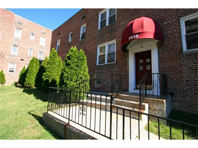 1535 Central Park Avenue #D-6, Yonkers, NY 10710