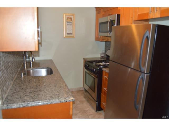 1430 Thieriot Ave #3A, Bronx, NY 10460