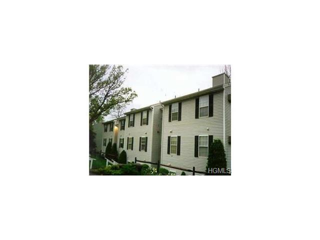 19 Lexington Hl #10, Harriman, NY 10926