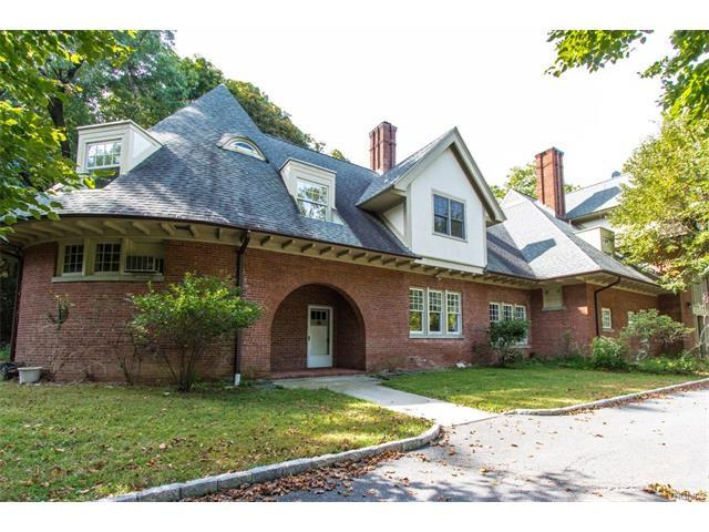 13 Emerald Woods, Greenburgh, NY 10591