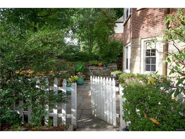 52 Underhill #TR, Scarsdale, NY 10583