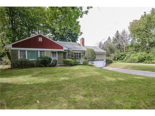 28 Stonehouse Rd, Scarsdale, NY 10583