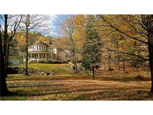 559 Blinn Rd, Croton On Hudson, NY 10520