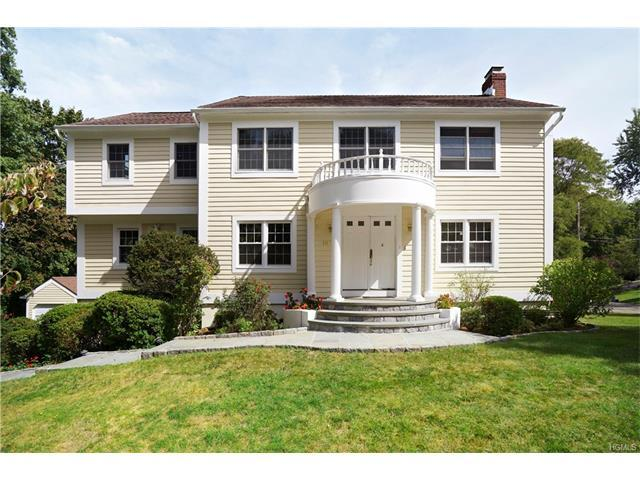 107 Hickory Rd, Briarcliff Manor, NY 10510