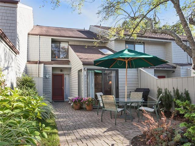 Larchmont ny real estate homes for sale movoto for 21 overlook ridge terrace