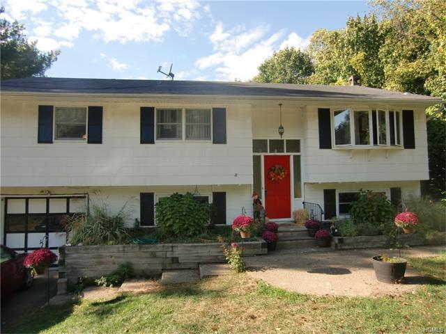 13 Strawberry, Monroe, NY 10950