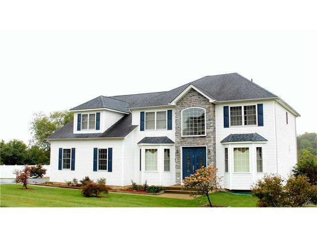27 Grand View Ter, Chester, NY 10918
