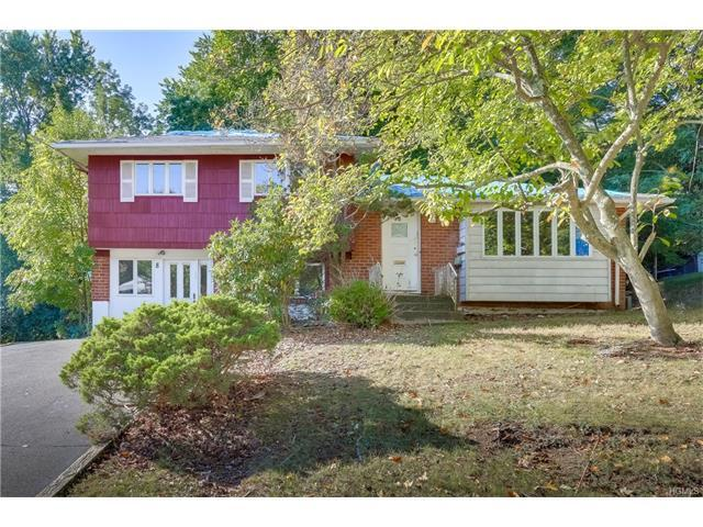 8 Briarcliff Dr, Monsey, NY 10952
