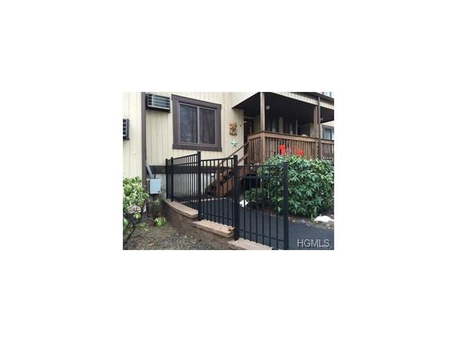 3 Heritage Dr #G, Monroe Town, NY 10926